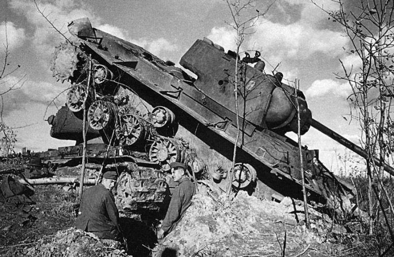 Diverses photos de la WWII - Page 4 26911