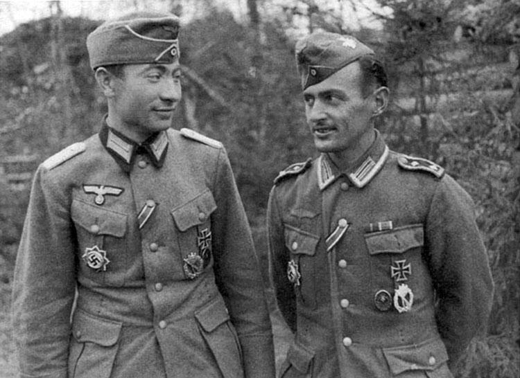Diverses photos de la WWII - Page 4 27213