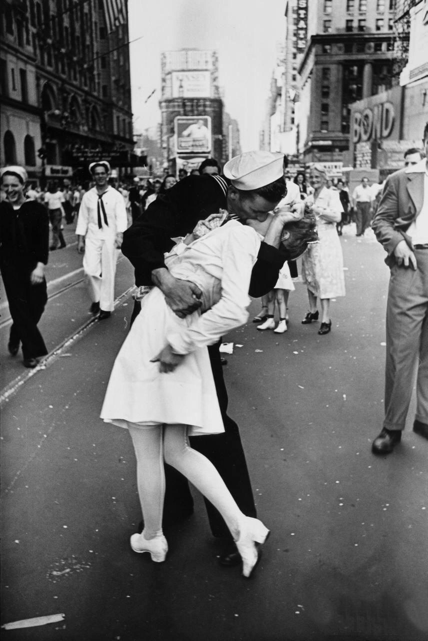 Diverses photos de la WWII - Page 37 27319