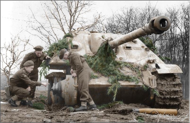 Diverses photos de la WWII - Page 4 27511