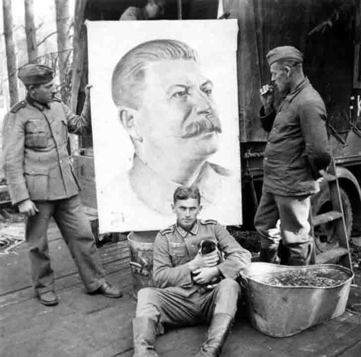 Diverses photos de la WWII - Page 38 27520