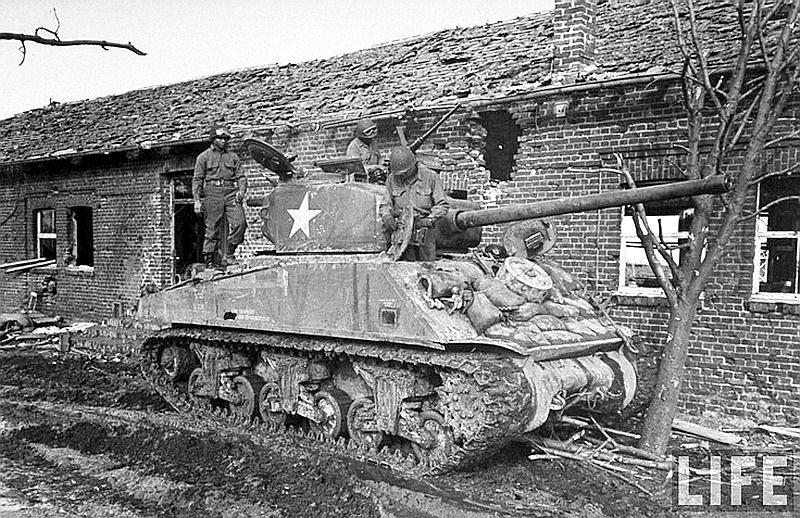 Diverses photos de la WWII - Page 6 28116