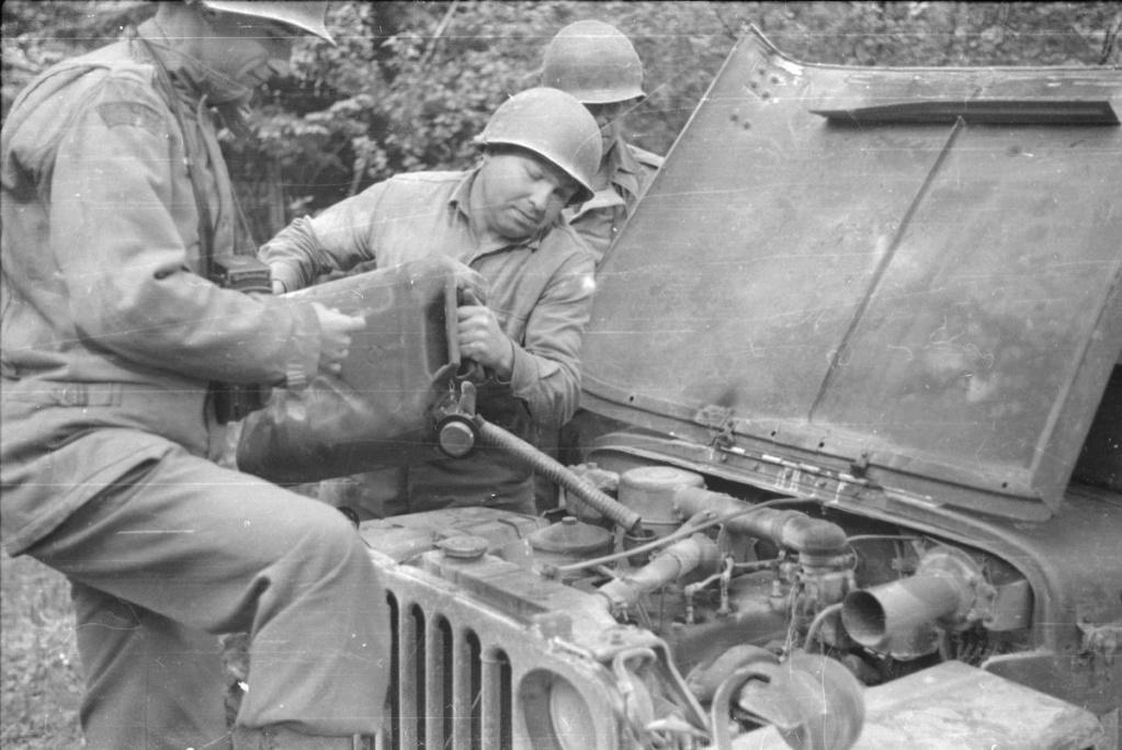 Diverses photos de la WWII - Page 38 28219