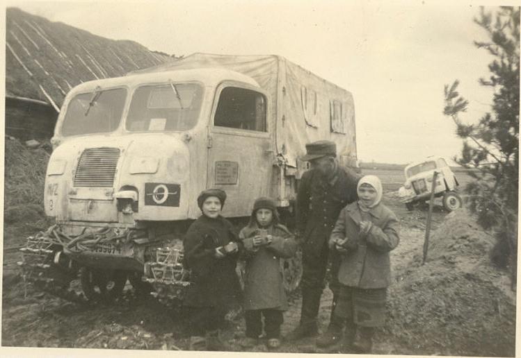Diverses photos de la WWII - Page 5 28511