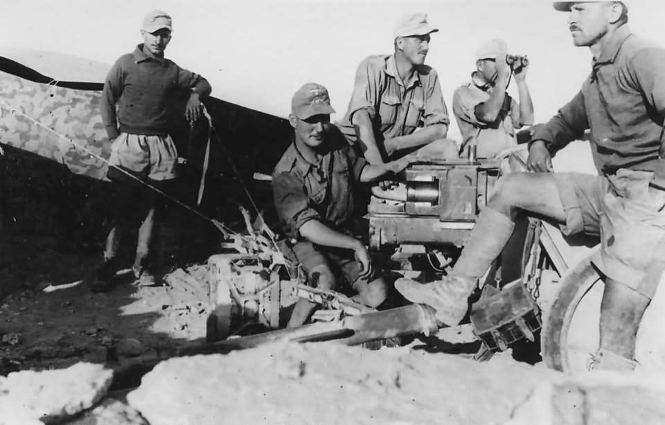 Diverses photos de la WWII - Page 38 28519
