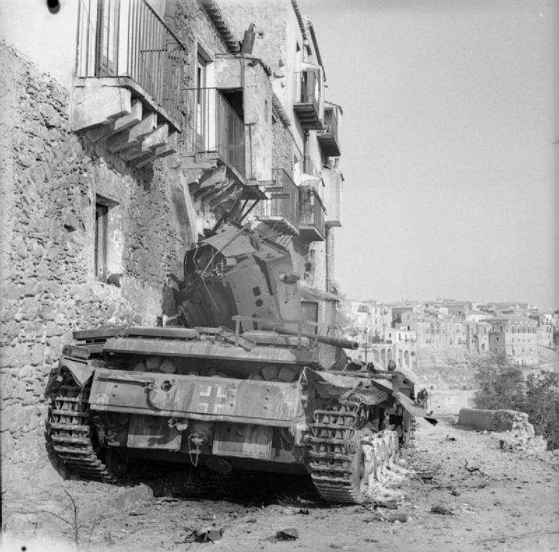 Diverses photos de la WWII - Page 5 28611