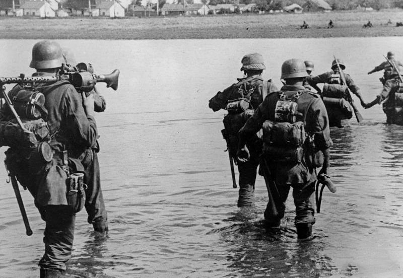 Diverses photos de la WWII - Page 38 29017