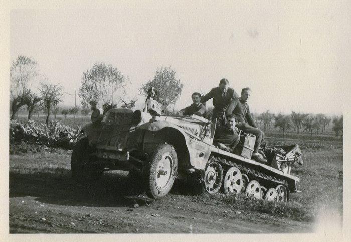 Diverses photos de la WWII - Page 30 30116