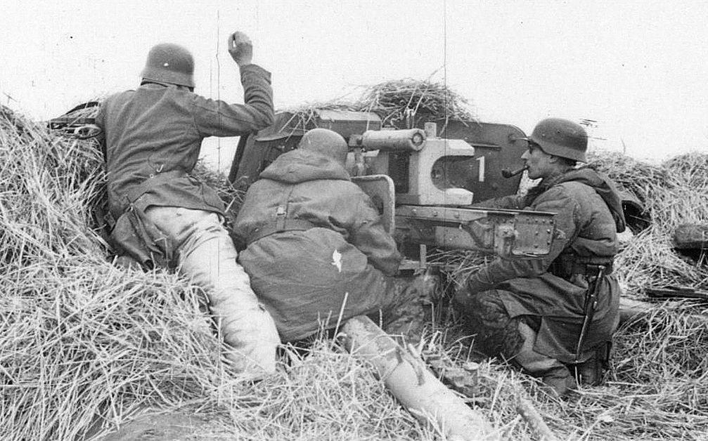 Diverses photos de la WWII - Page 38 30624