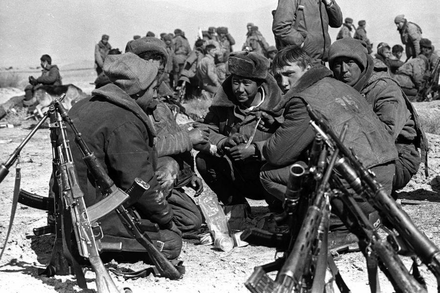 Diverses photos de la WWII - Page 38 30724
