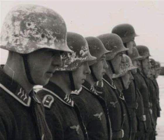 Diverses photos de la WWII - Page 38 30824
