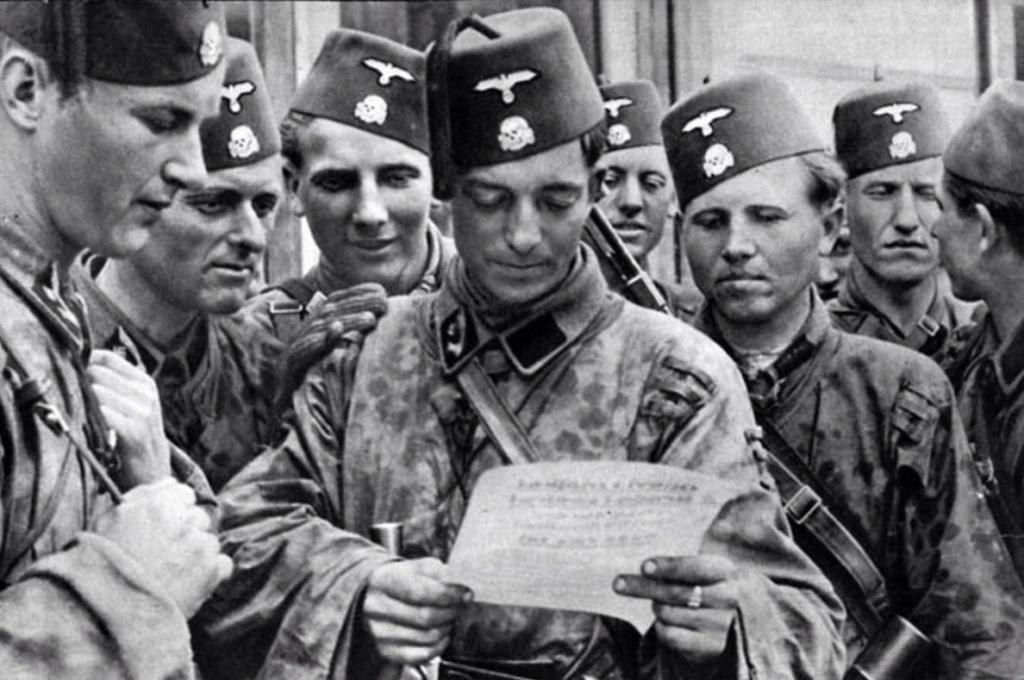 Diverses photos de la WWII - Page 6 30911
