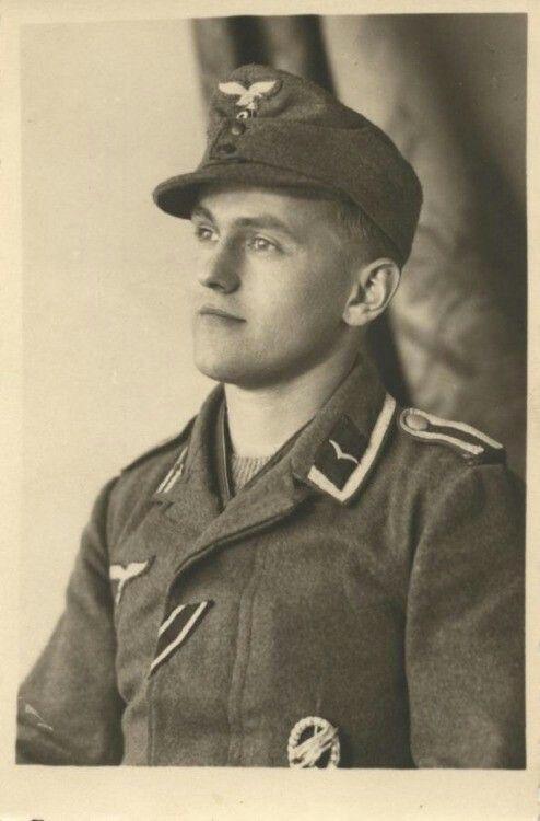Diverses photos de la WWII - Page 38 31029