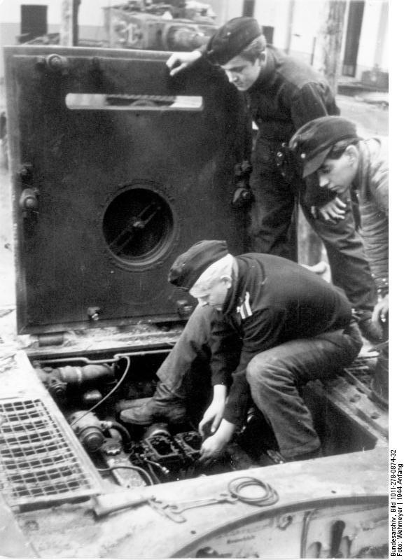 Diverses photos de la WWII - Page 38 31524