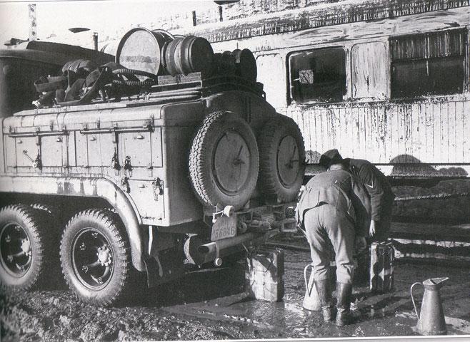 Diverses photos de la WWII - Page 30 32115