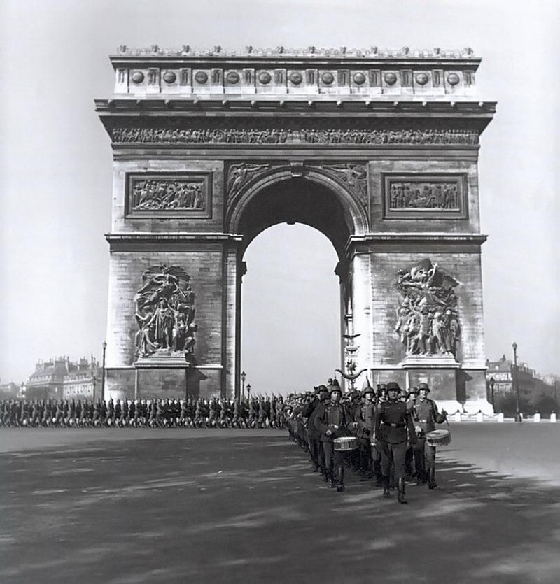 Diverses photos de la WWII - Page 4 32116
