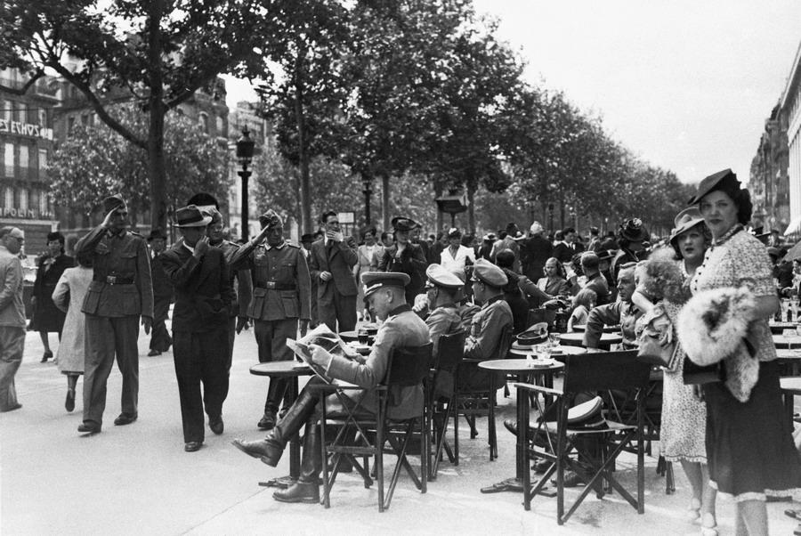 Diverses photos de la WWII - Page 4 32316