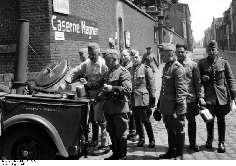 Diverses photos de la WWII - Page 6 32510