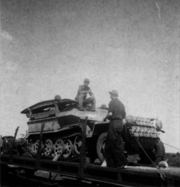 Diverses photos de la WWII - Page 30 32916