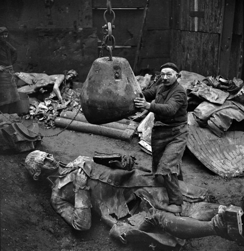 Diverses photos de la WWII - Page 4 33215