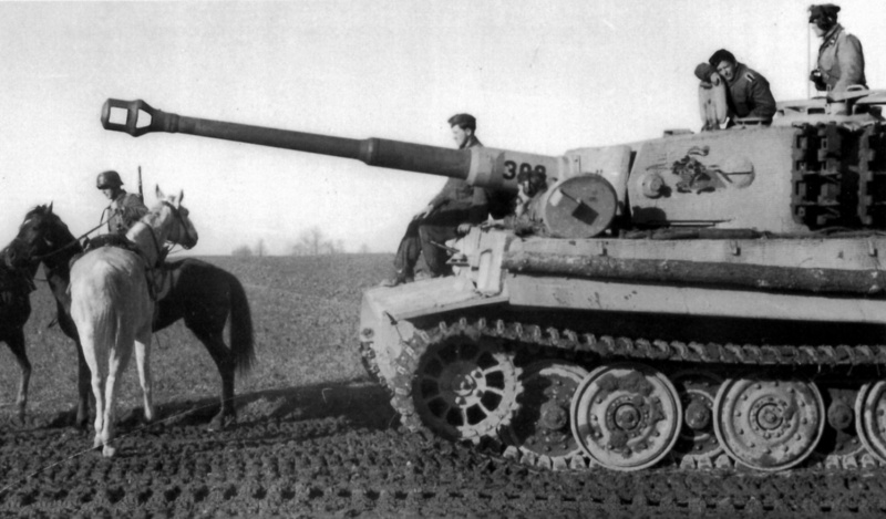 Diverses photos de la WWII - Page 30 33814