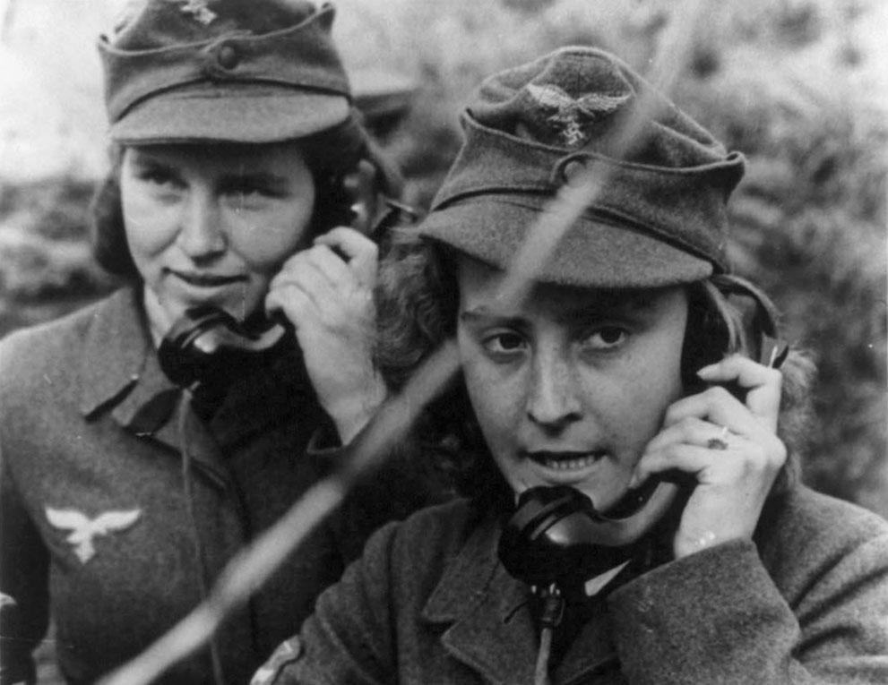 Diverses photos de la WWII 347