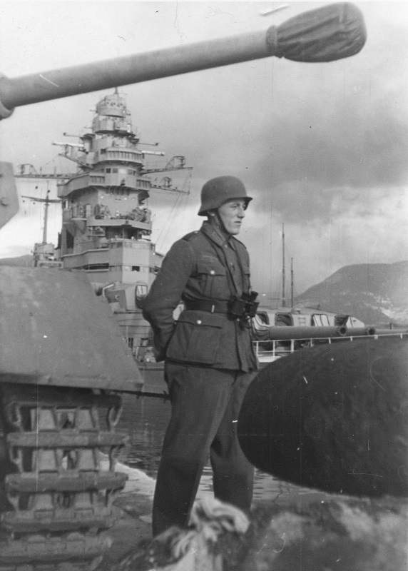 Diverses photos de la WWII - Page 9 35010
