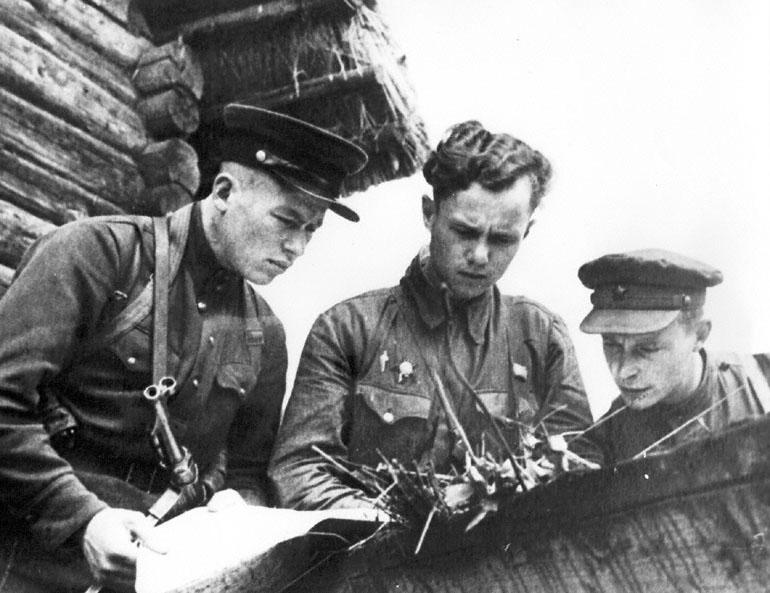 Diverses photos de la WWII 3522