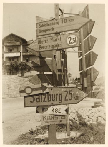 Diverses photos de la WWII - Page 2 3539