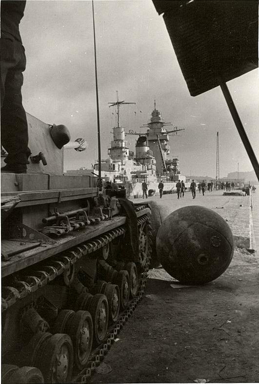 Diverses photos de la WWII - Page 9 35910