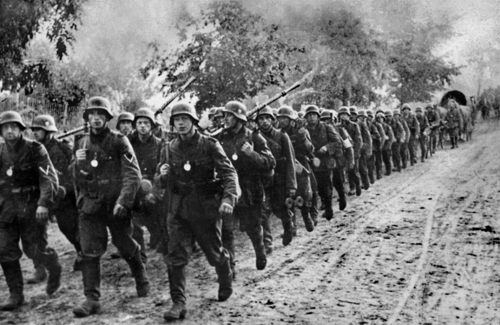Diverses photos de la WWII (fichier 7) - Page 34 35926