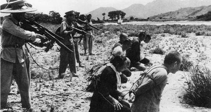 Diverses photos de la WWII (fichier 7) - Page 34 36025