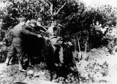 Diverses photos de la WWII (fichier 7) - Page 34 36225