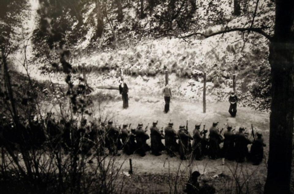 Diverses photos de la WWII (fichier 7) - Page 34 36325