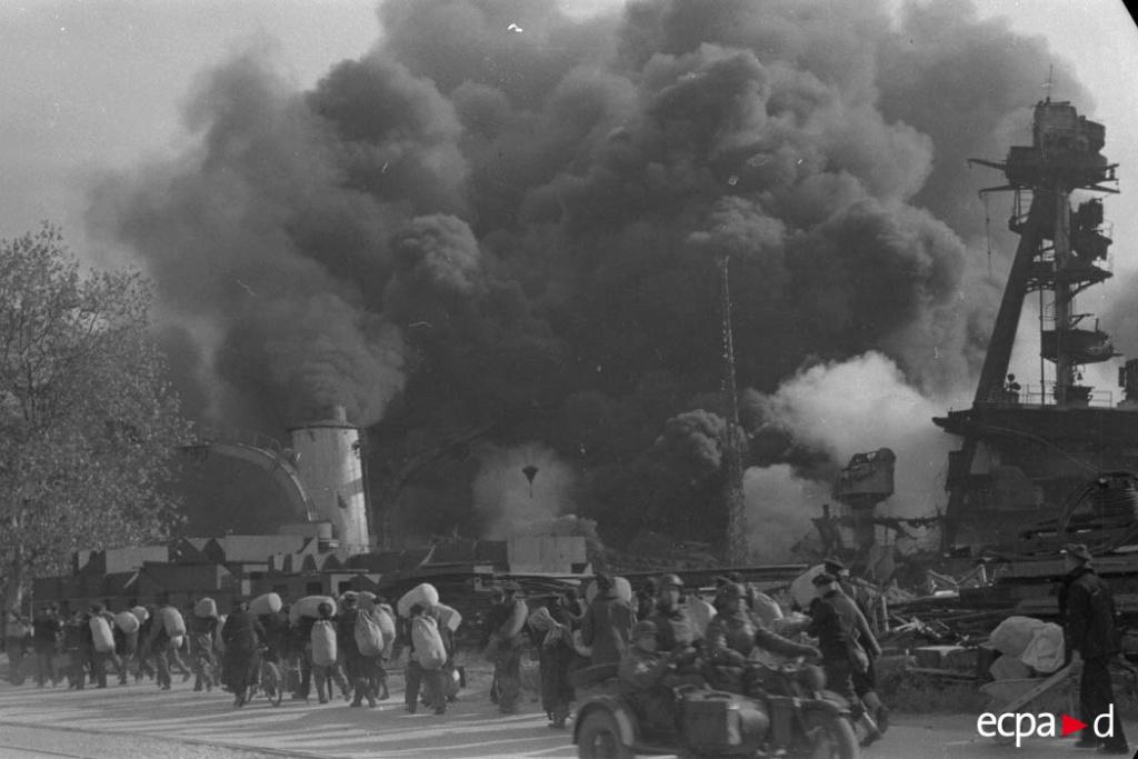 Diverses photos de la WWII - Page 9 36510