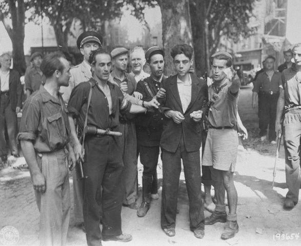 Diverses photos de la WWII (fichier 7) - Page 34 36925