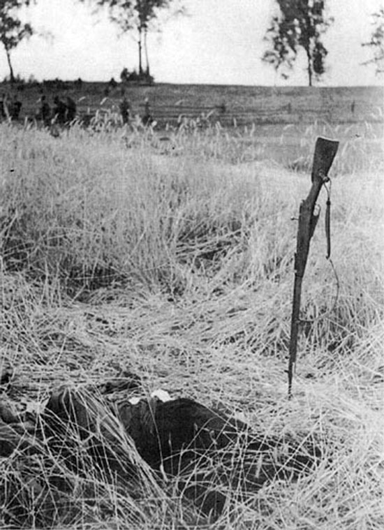 Diverses photos de la WWII - Page 6 37015