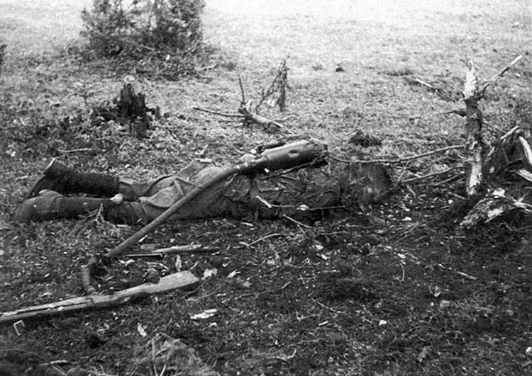 Diverses photos de la WWII - Page 6 37114