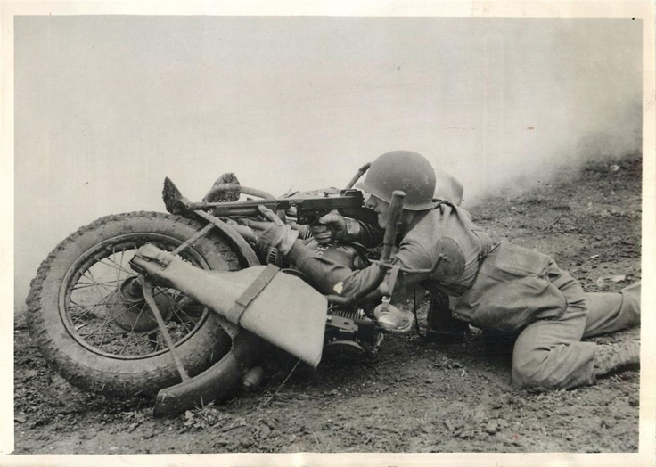 Diverses photos de la WWII - Page 39 3737