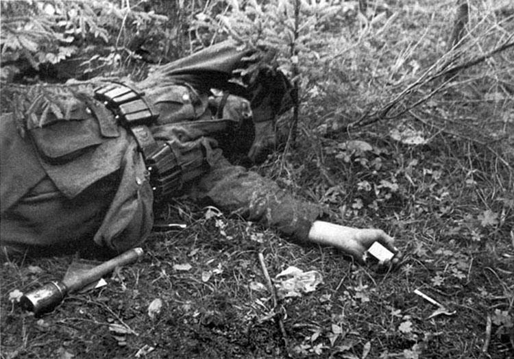 Diverses photos de la WWII - Page 6 37514