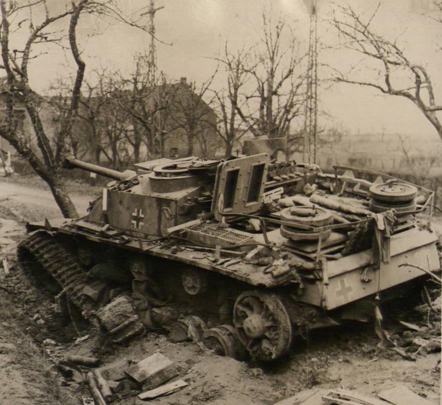 Diverses photos de la WWII - Page 39 3937