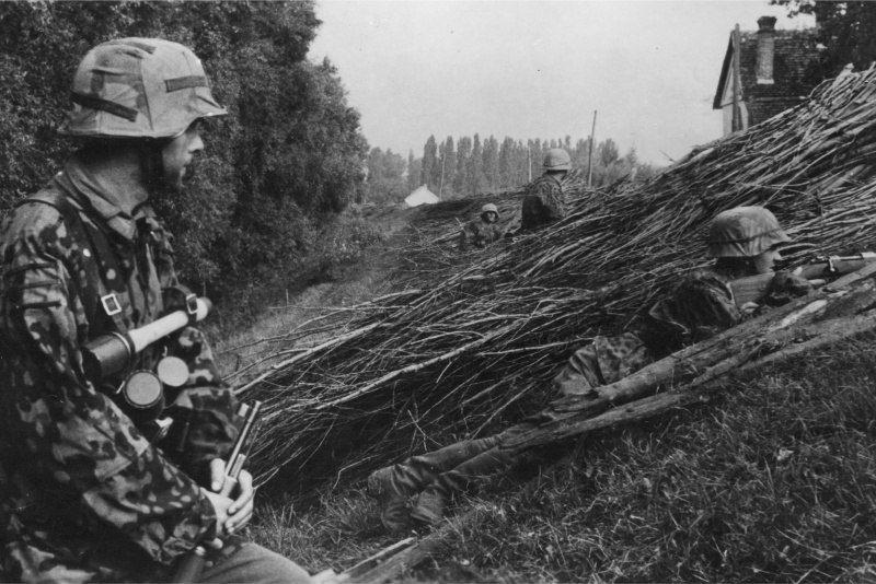 Diverses photos de la WWII (fichier 8) - Page 37 39623