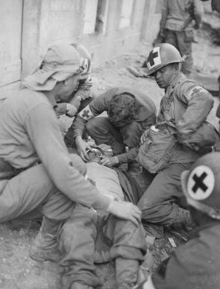 Diverses photos de la WWII (fichier 8) - Page 37 40025