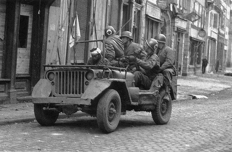 Diverses photos de la WWII (fichier 7) - Page 34 40322