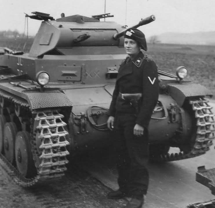 Diverses photos de la WWII (fichier 7) - Page 34 40623