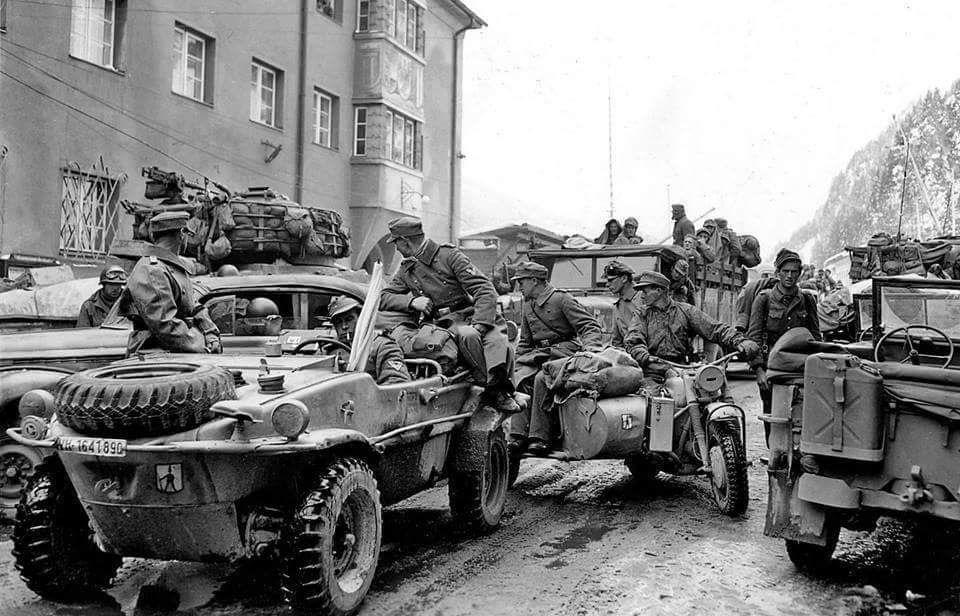 Diverses photos de la WWII (fichier 7) - Page 34 40723