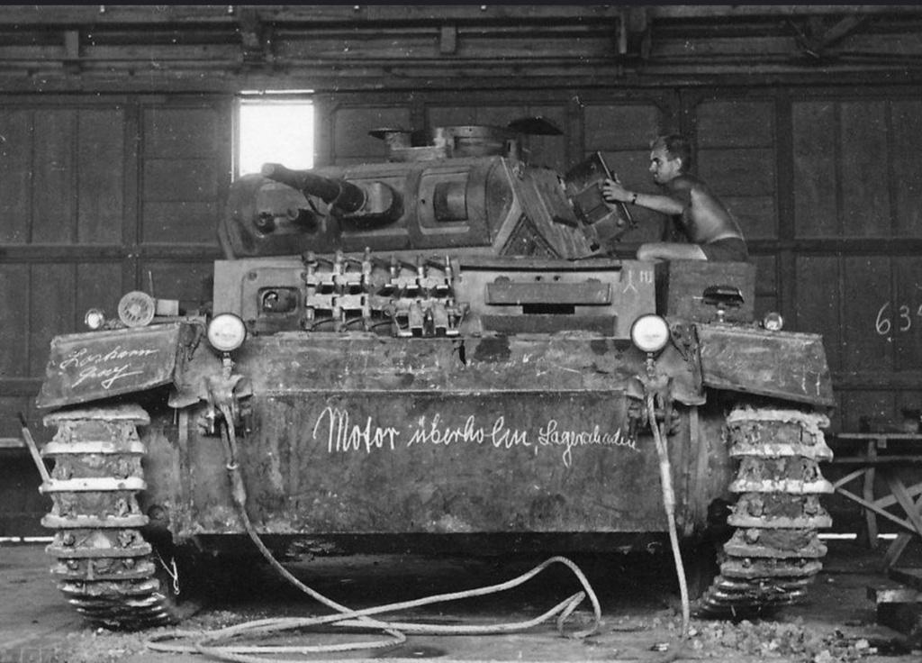 Diverses photos de la WWII (fichier 7) - Page 34 41125