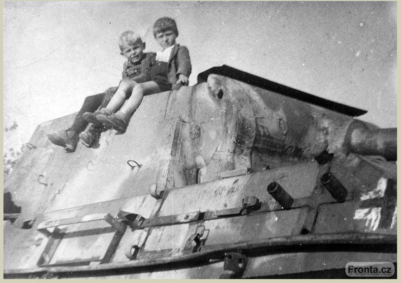 Diverses photos de la WWII (fichier 7) - Page 34 41225