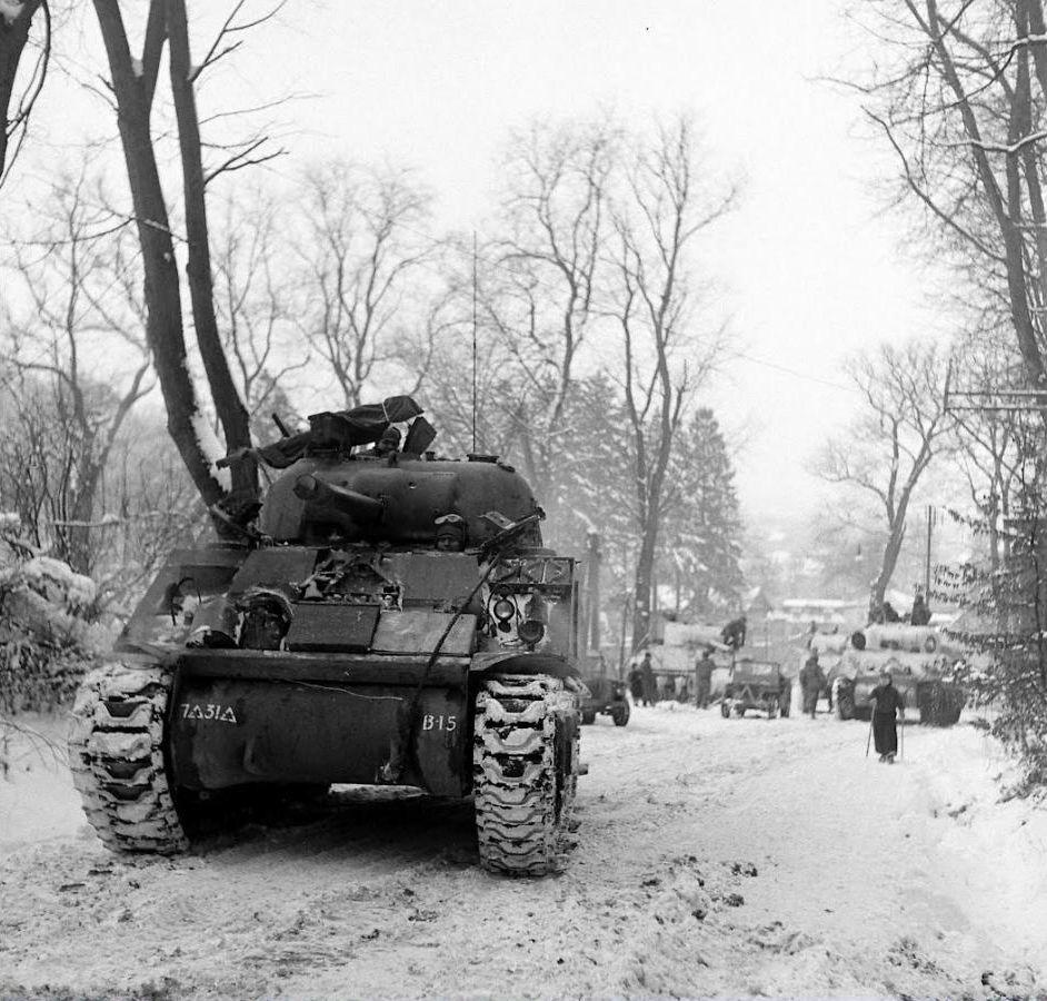 Diverses photos de la WWII (fichier 7) - Page 34 41323