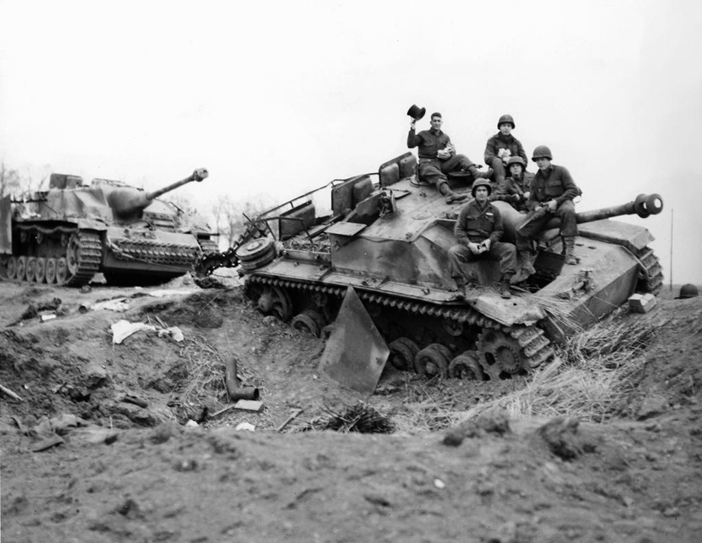 Diverses photos de la WWII - Page 40 4133